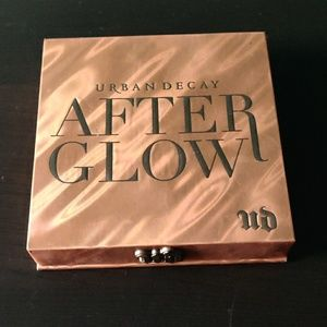 Urban Decay Makeup - Urband Decay After glow palette